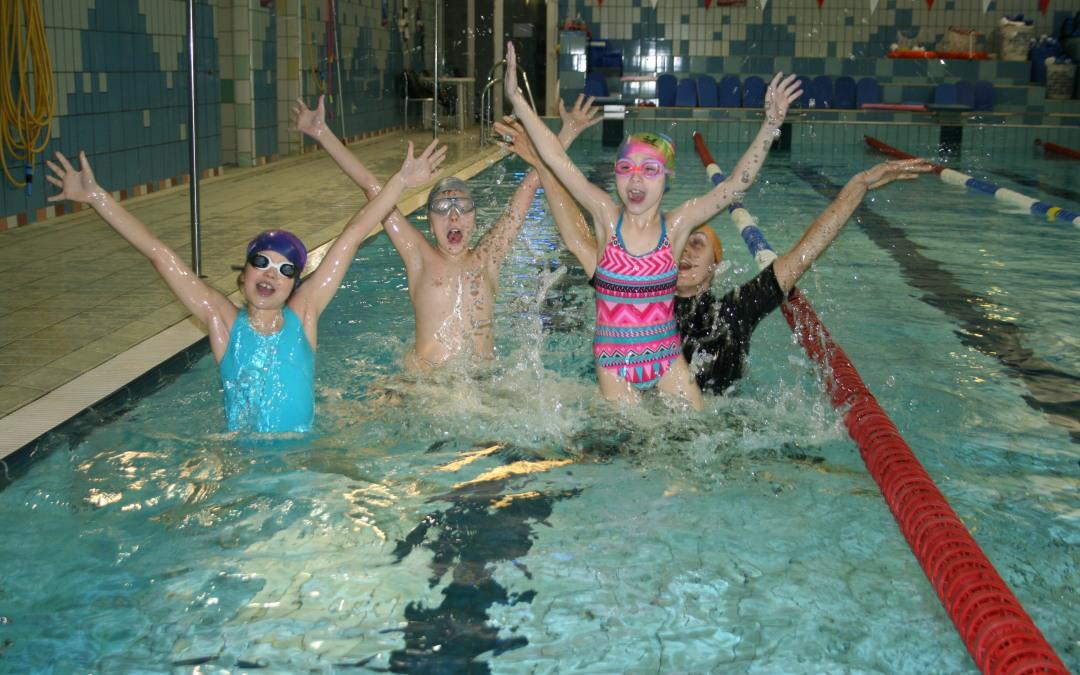 Obóz tenisowo – pływacki